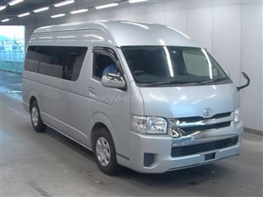 Toyota Hiace Grand Cabin 2016 Image-1