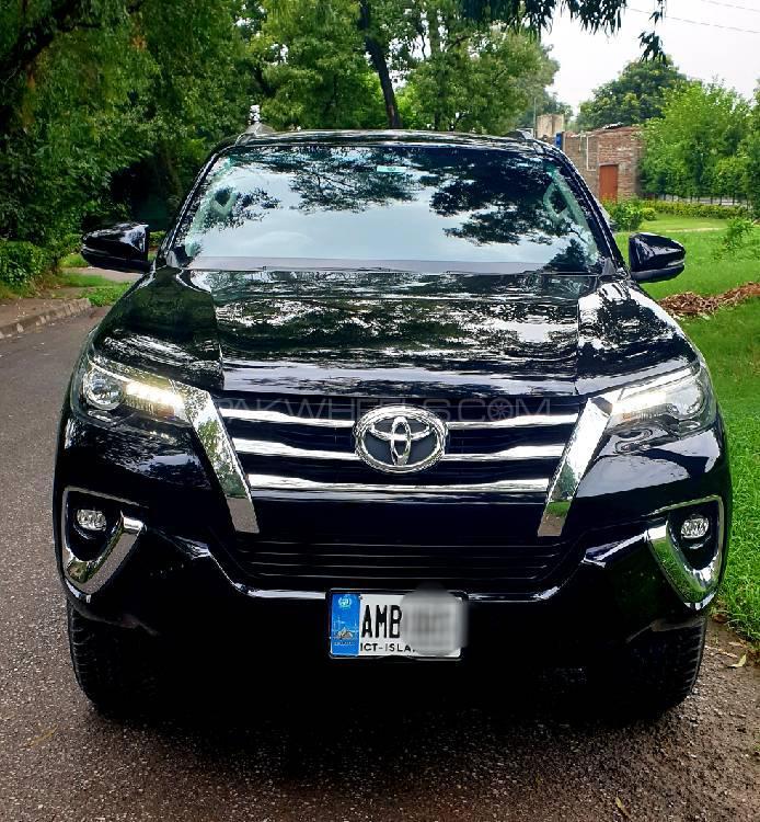 Toyota Fortuner 2.8 Sigma 4 2019 Image-1