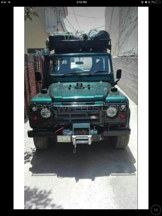 Land Rover Defender - 1999  Image-1
