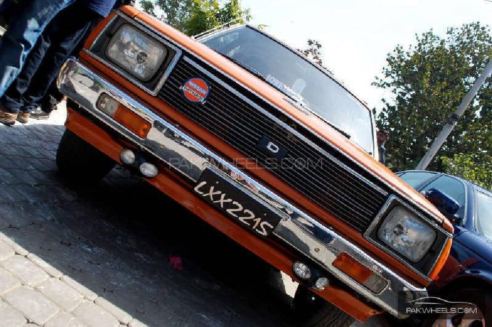 Nissan 120 Y 1984 Image-1