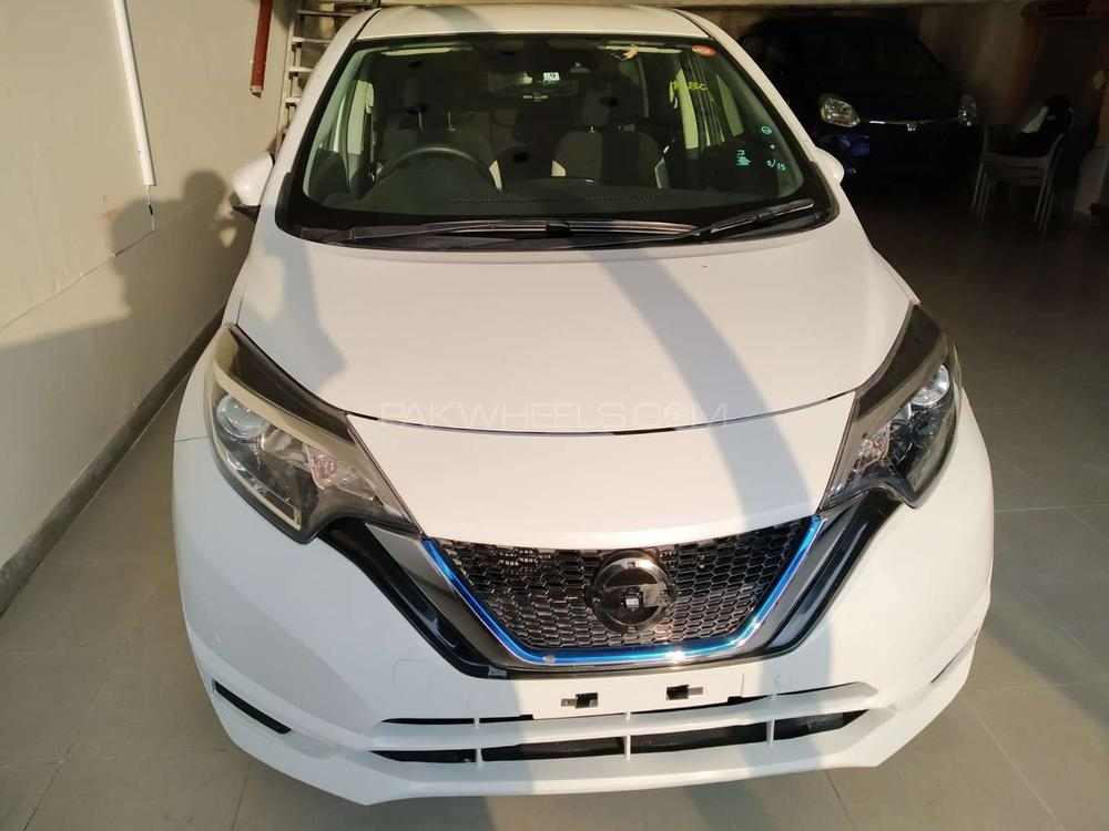 Nissan Note E 2017 Image-1