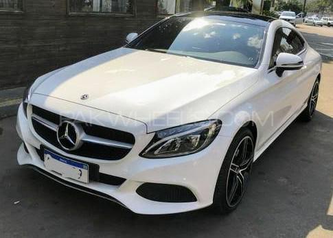 Mercedes Benz CLA Class CLA200 2018 Image-1