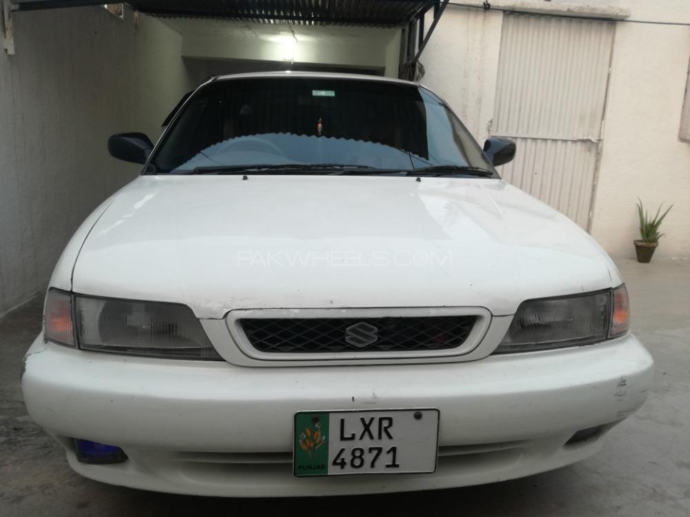 Suzuki Baleno GLi 2000 Image-1