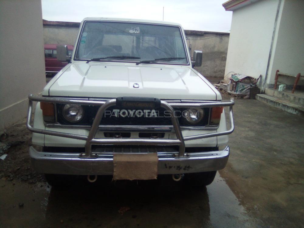 Toyota Land Cruiser LX Turbo 1988 Image-1