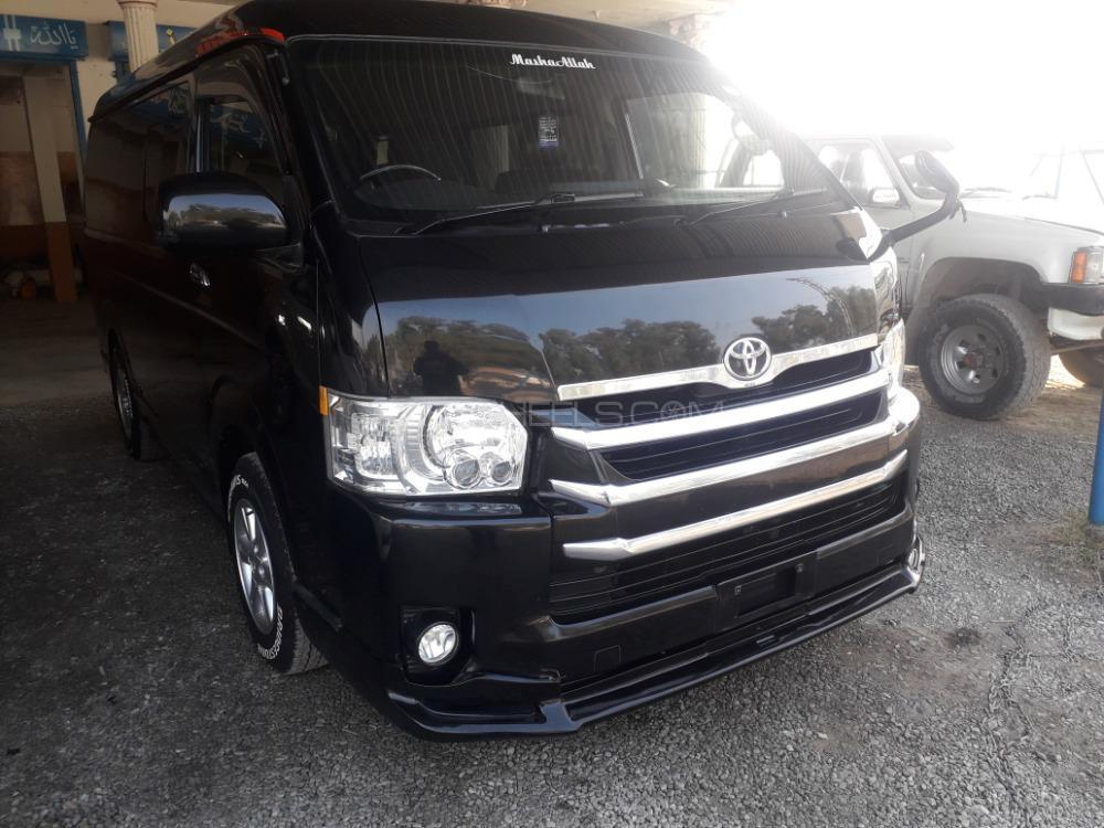 Toyota Hiace 2014 Image-1