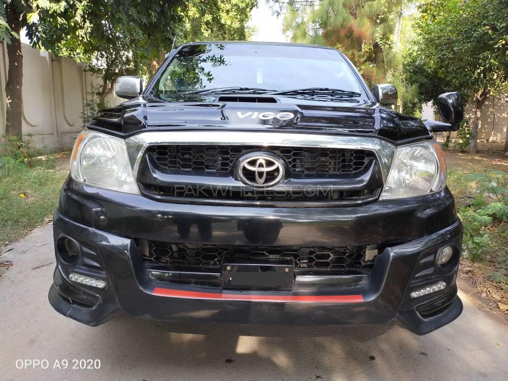 Toyota Hilux D-4D Automatic 2008 Image-1