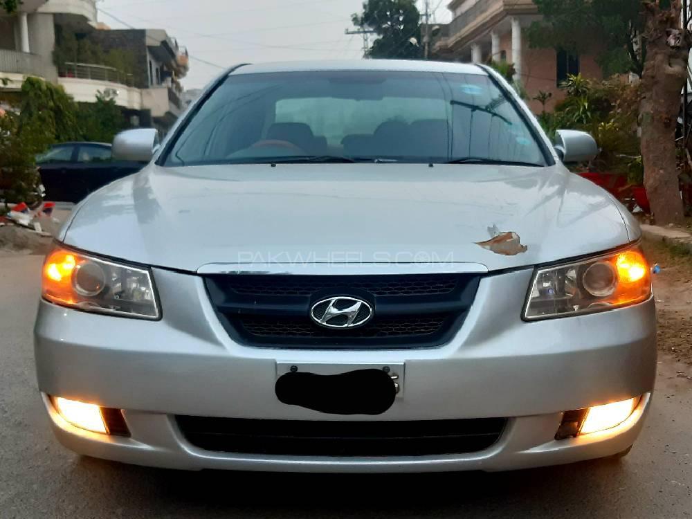 Hyundai Sonata 2008 Image-1