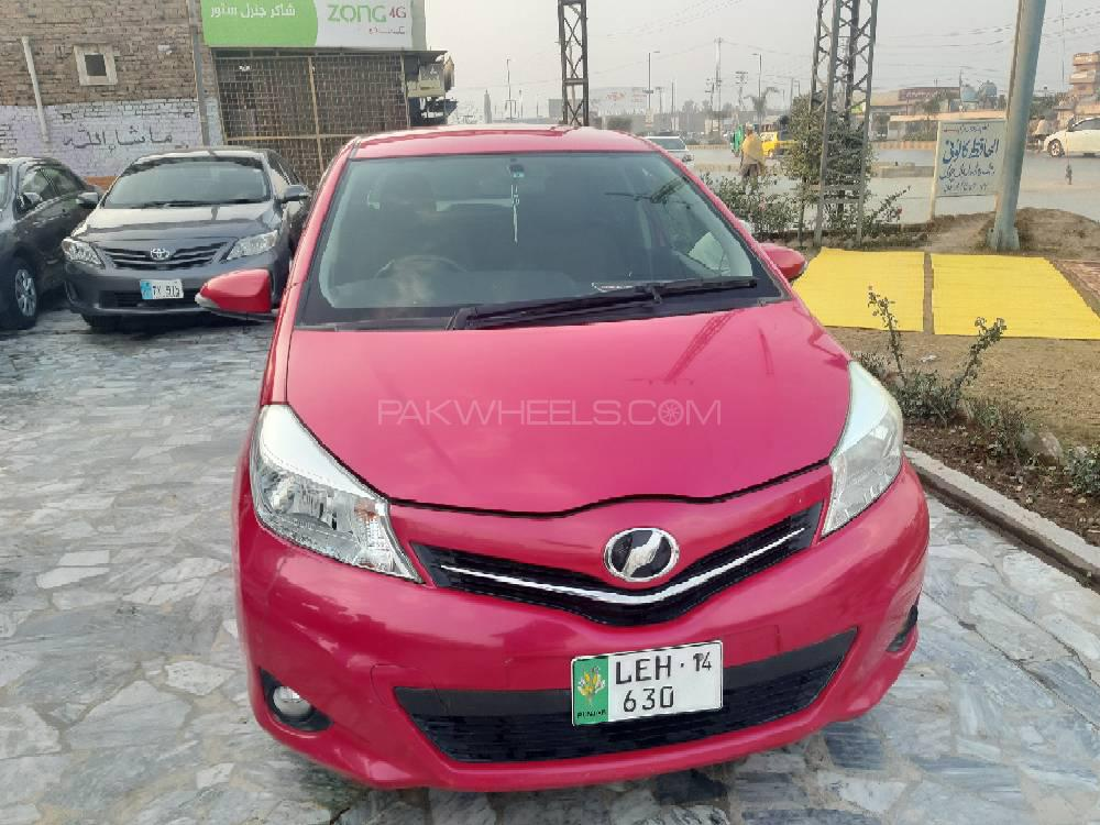 Toyota Vitz Jewela Smart Stop Package 1.0 2011 Image-1