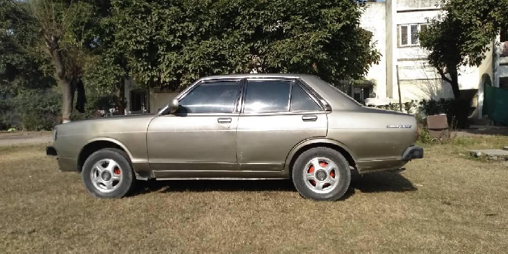 Nissan 120 Y 1981 Image-1