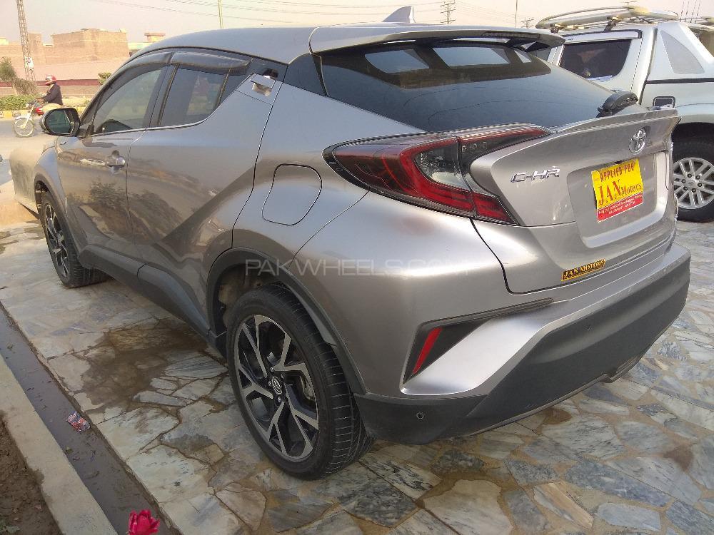 Toyota C-HR - 2017  Image-1