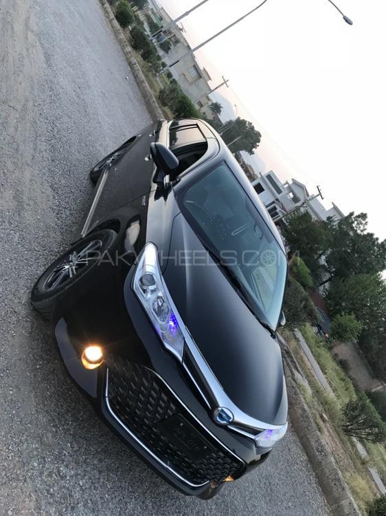 Toyota Corolla Axio - 2016  Image-1