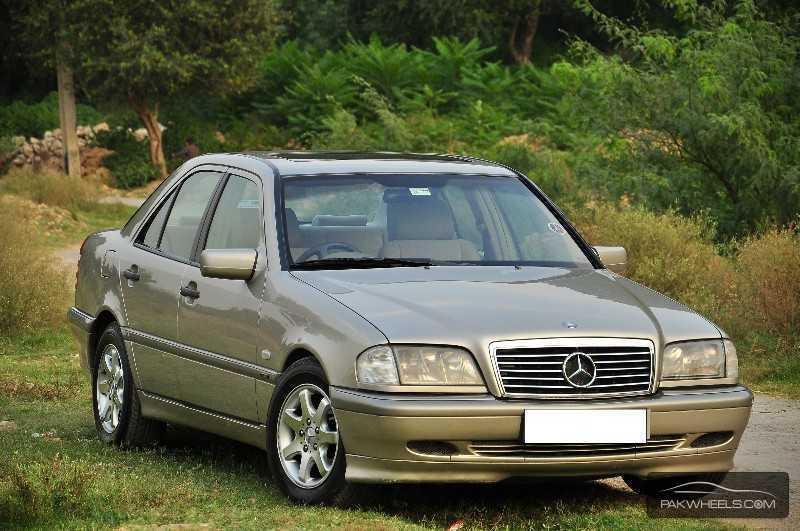 Mercedes benz c class c180 kompressor 1999 for sale in for Mercedes benz c class 1999 for sale