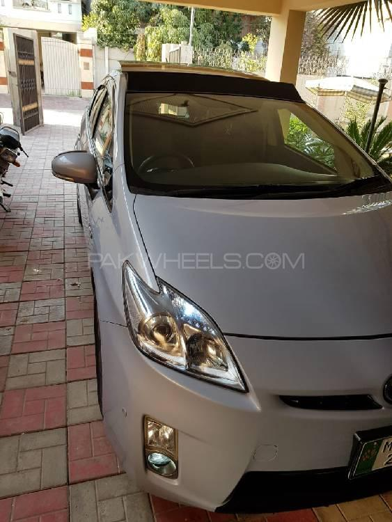 Toyota Prius G Touring Selection 1.8 2015 Image-1