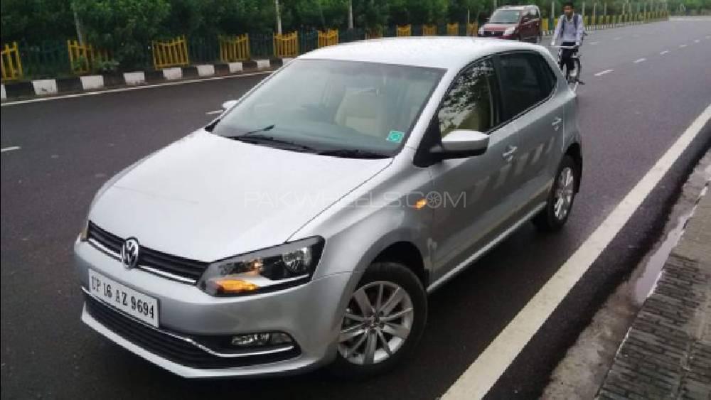 Volkswagen Polo - 2015 polo Image-1