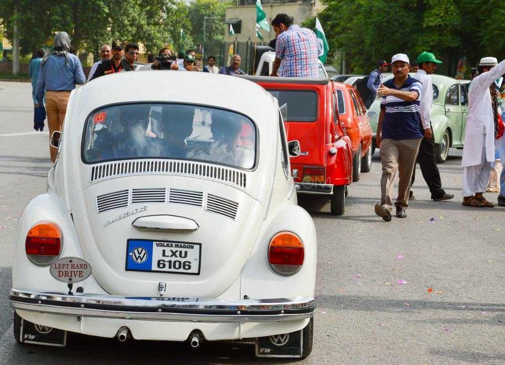 Volkswagen Beetle - 1973 bug Image-1