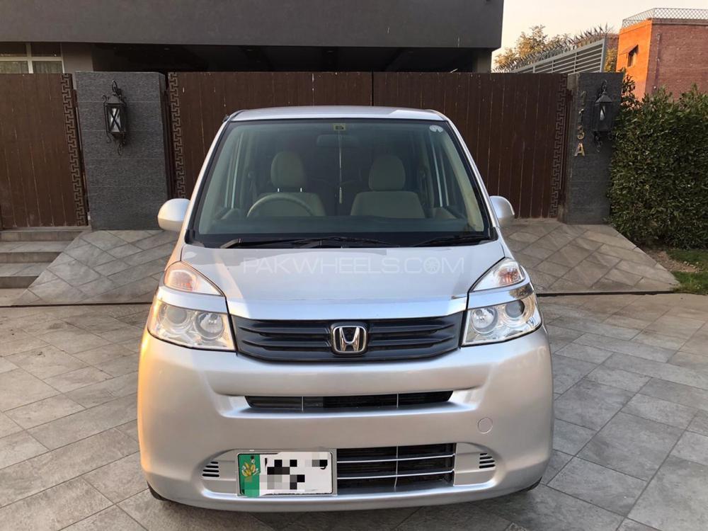 Honda Life 2011 Image-1