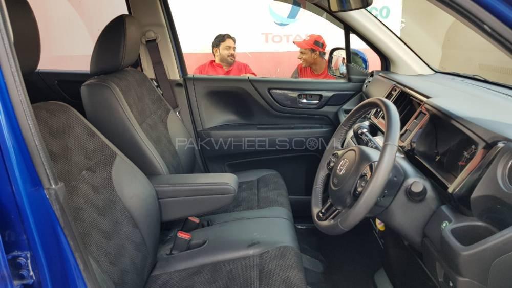 Honda N Wgn Custom G Turbo 2016 Image-1
