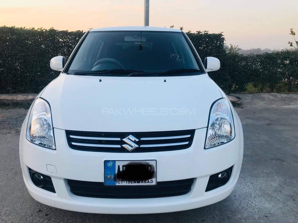 Suzuki Swift DLX Automatic 1.3 2019 Image-1