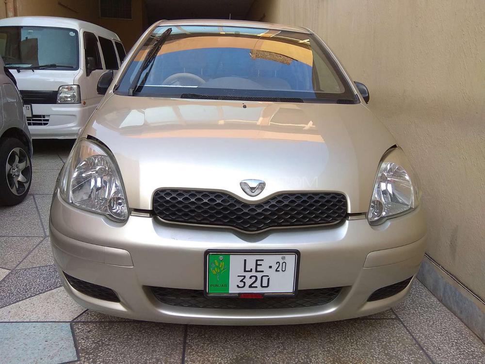 Toyota Vitz B 1.0 2004 Image-1