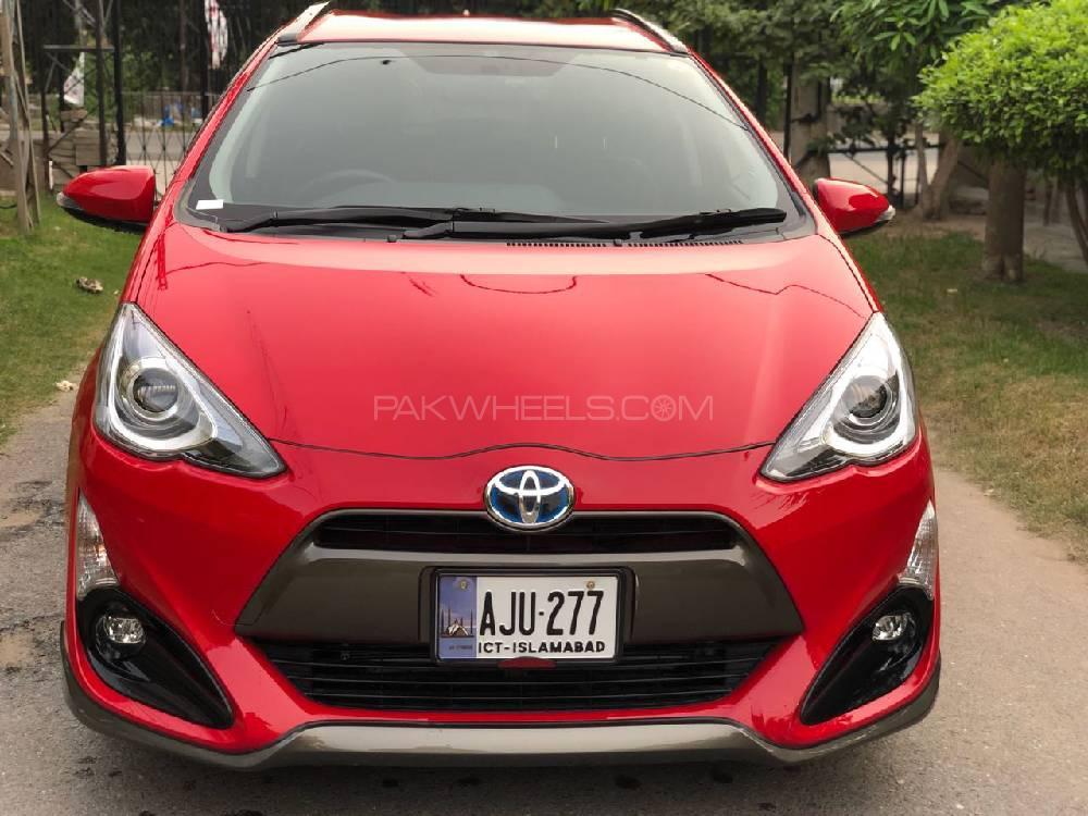 Toyota Aqua X Urban 2015 Image-1