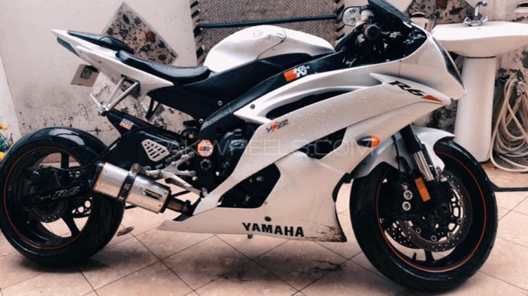 Yamaha YZF-R6S - 2010  Image-1