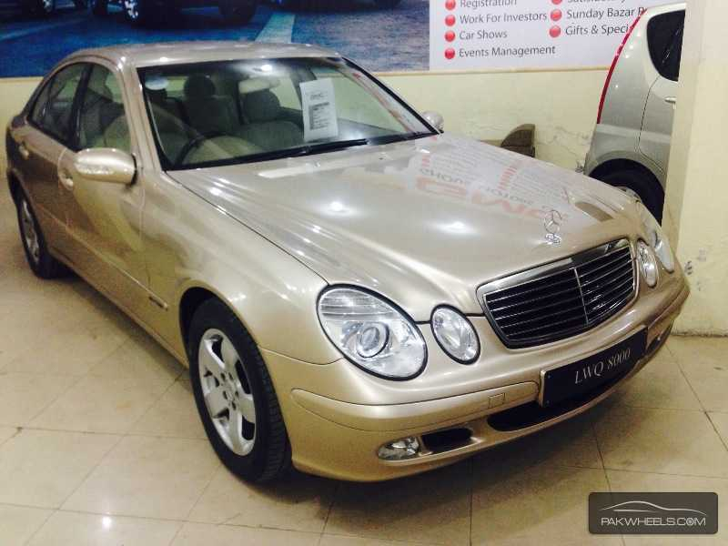 mercedes benz e class e200 2004 for sale in lahore pakwheels. Black Bedroom Furniture Sets. Home Design Ideas