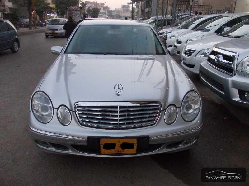 Mercedes benz e class e200 2005 for sale in karachi for Mercedes benz e class 2005