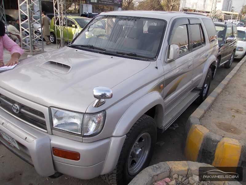 Toyota Surf SSR-G 3.4 2000 Image-2
