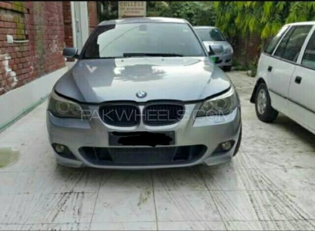 BMW 5 Series - 2005  Image-1