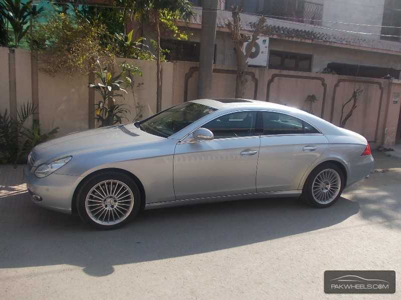 Mercedes benz cls class cls500 2005 for sale in lahore for Mercedes benz cls class for sale