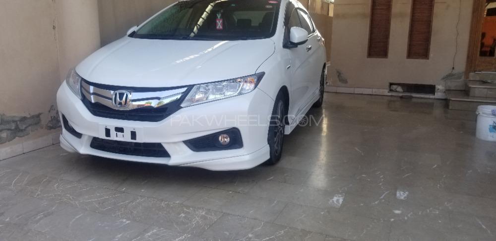 Honda Grace Hybrid EX 2015 Image-1