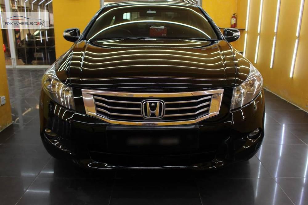 Honda Accord 24TL 2010 Image-1