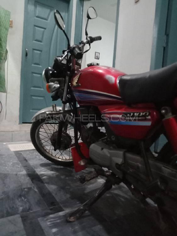 Honda CD-100 2005 Image-1