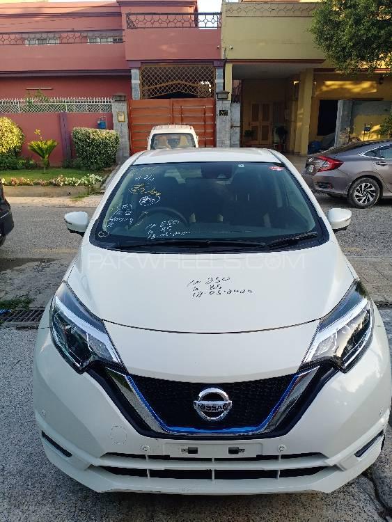 Nissan Note E 2017 Image-1