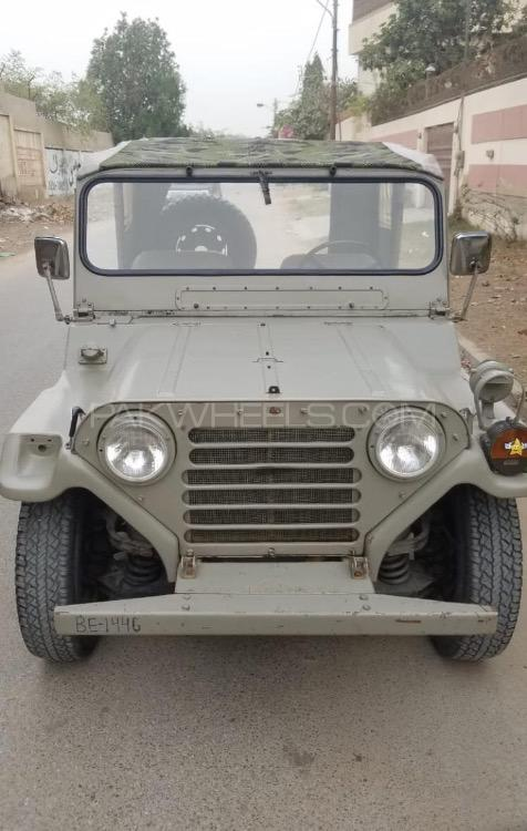 Ford Mutt M 825 - 1986  Image-1