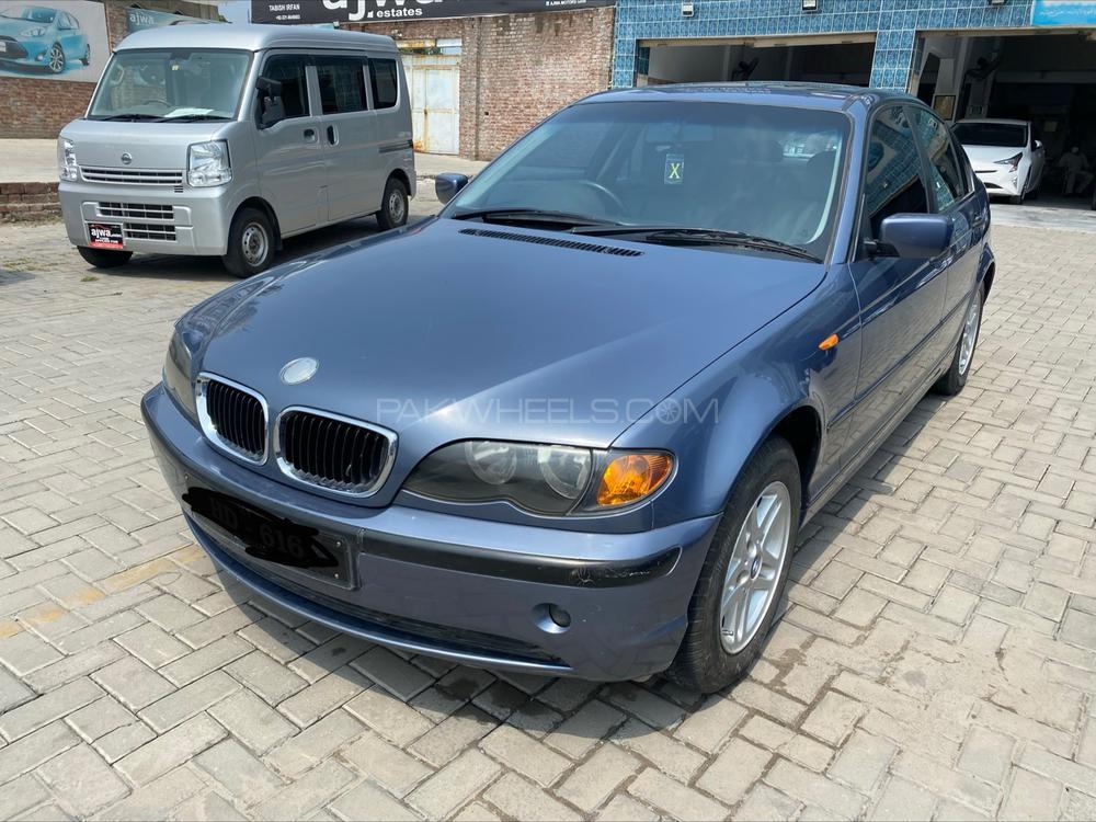 BMW 3 Series 325i 2003 Image-1