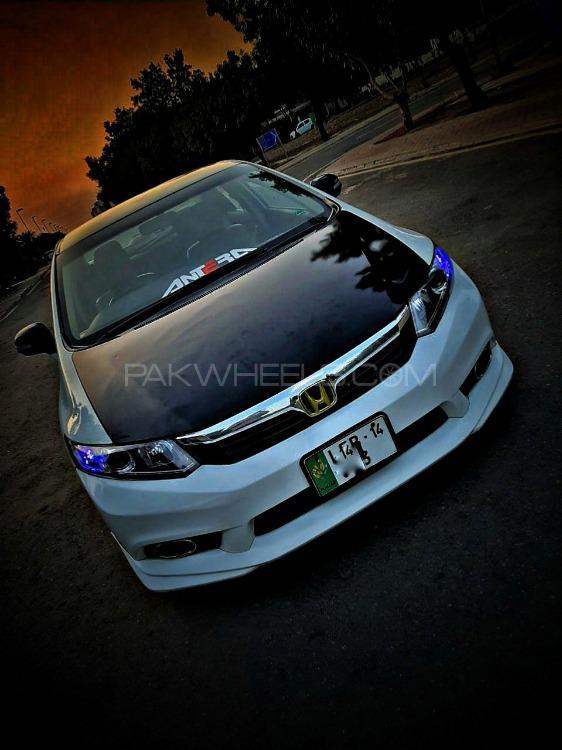Honda Civic - 2014  Image-1