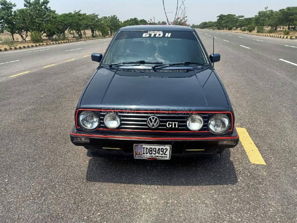 Volkswagen Golf 1988 Image-1