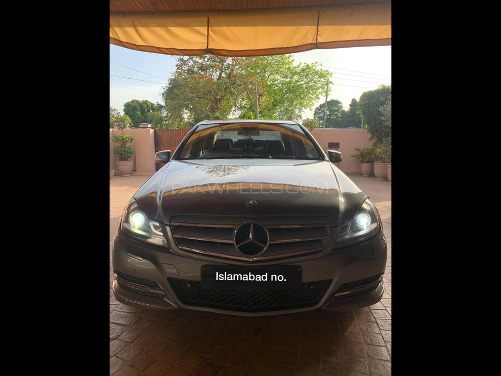 Mercedes Benz C Class C180 2013 Image-1