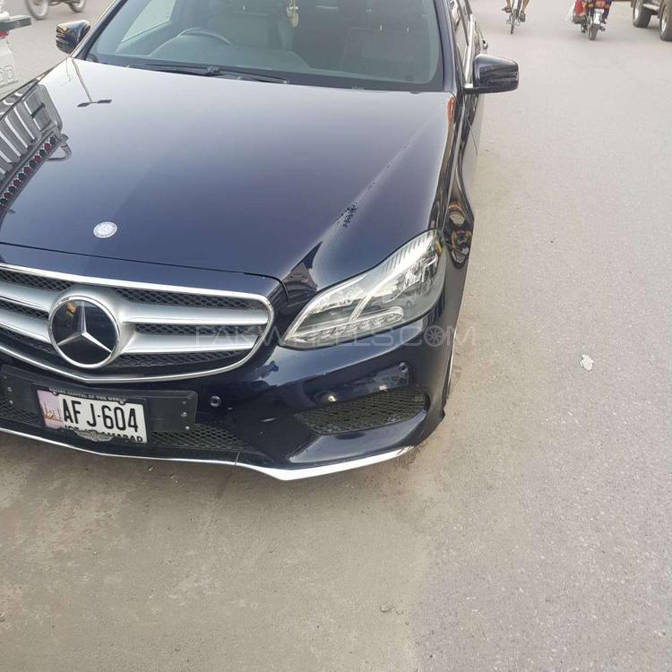 Mercedes Benz E Class E200 2013 Image-1
