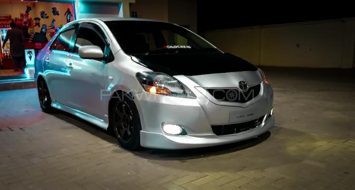 Toyota Belta - 2011  Image-1