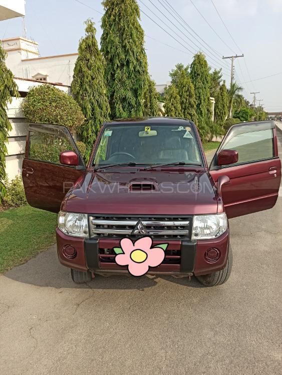 Mitsubishi Pajero Mini 2010 Image-1