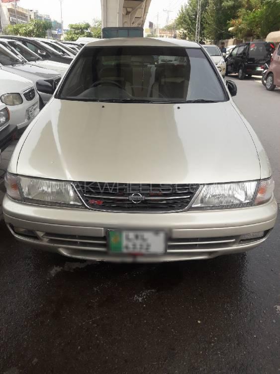Nissan Sunny Super Saloon 1.6 1999 Image-1
