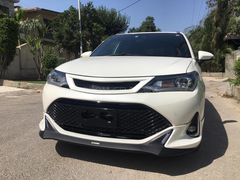 Toyota Corolla Fielder Hybrid G  WB  2018 Image-1