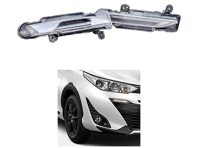 Toyota Yaris 2020 Front Grill DRL Light Arrow Style  in Karachi