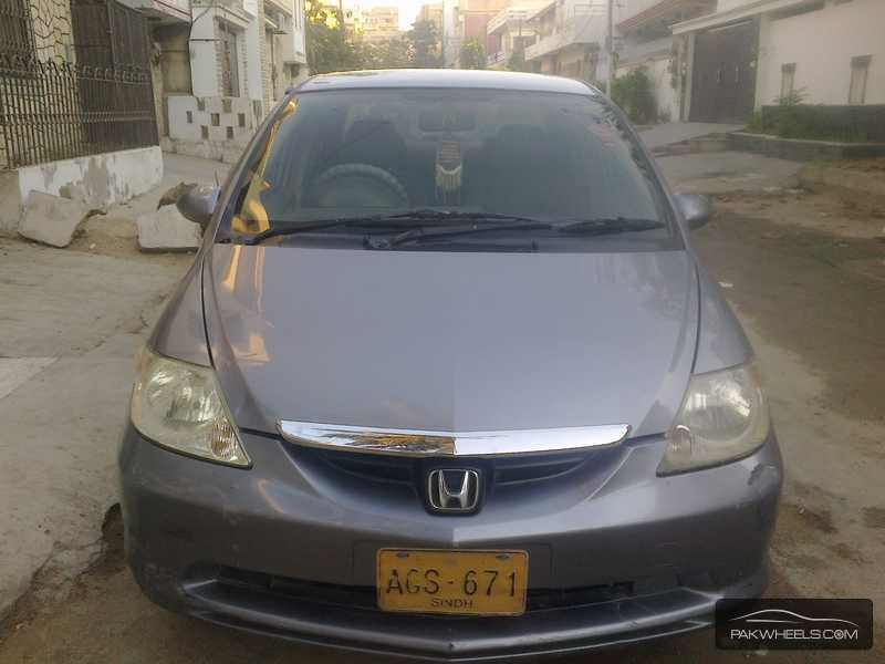 Used Honda City i-DSI Vario 2004 Car for sale in Karachi - 811706 | PakWheels