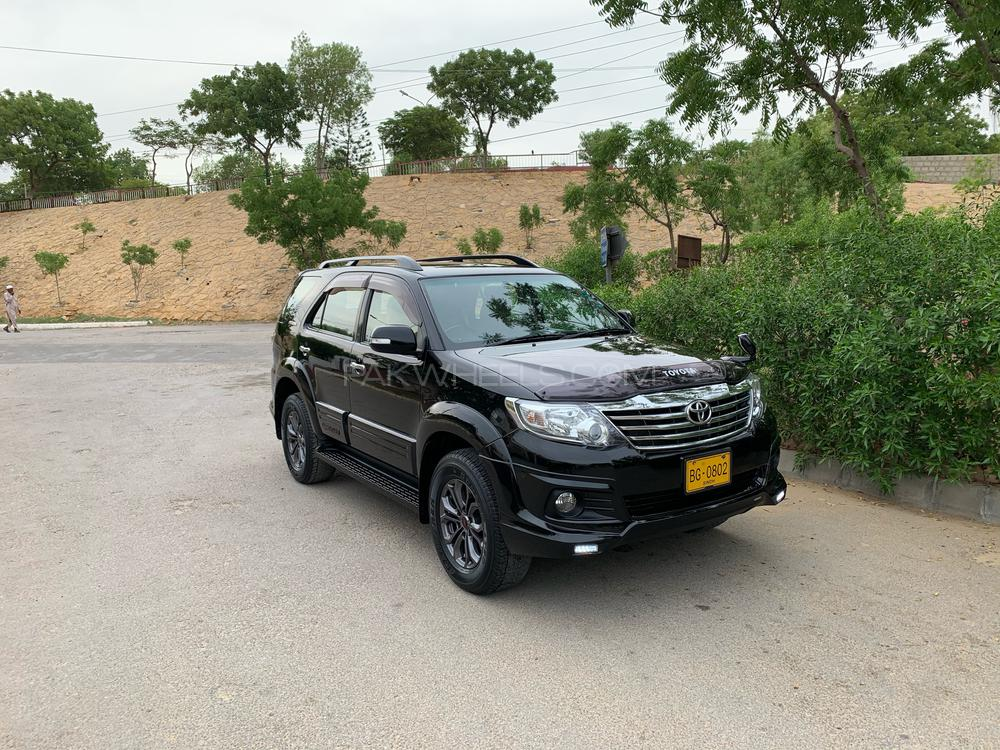 Toyota Fortuner TRD Sportivo 2016 Image-1