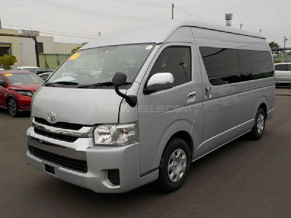 Toyota Hiace TRH 224 2016 Image-1