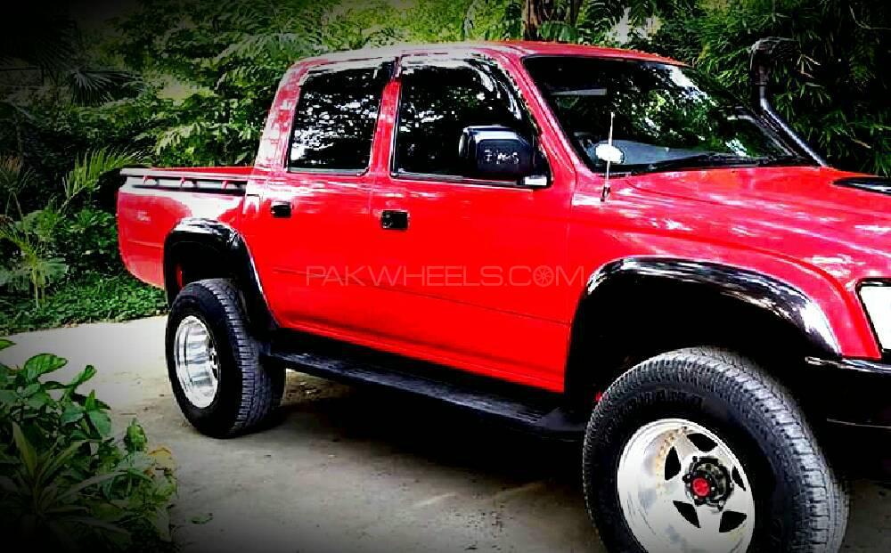 Toyota Pickup 2000 Image-1