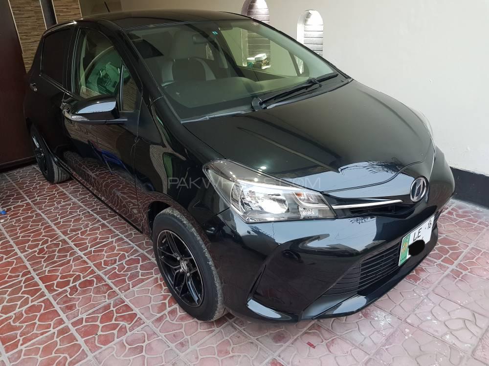 Toyota Vitz Jewela 1.0 2015 Image-1